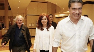 """Capitanich dice que su victoria """"es un espaldarazo a la candidatura Fernández-Fernández"""""""