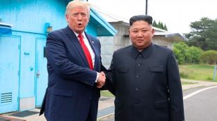 Con una cumbre sorpresa, Trump y Kim relanzan el diálogo por el desarme nuclear