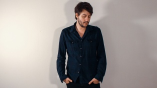 """El músico Gastón Massenzio canta sus """"Ocho sueños"""" en San Telmo"""