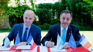 Argentina y Francia firmaron acuerdos de cooperación sobre educación