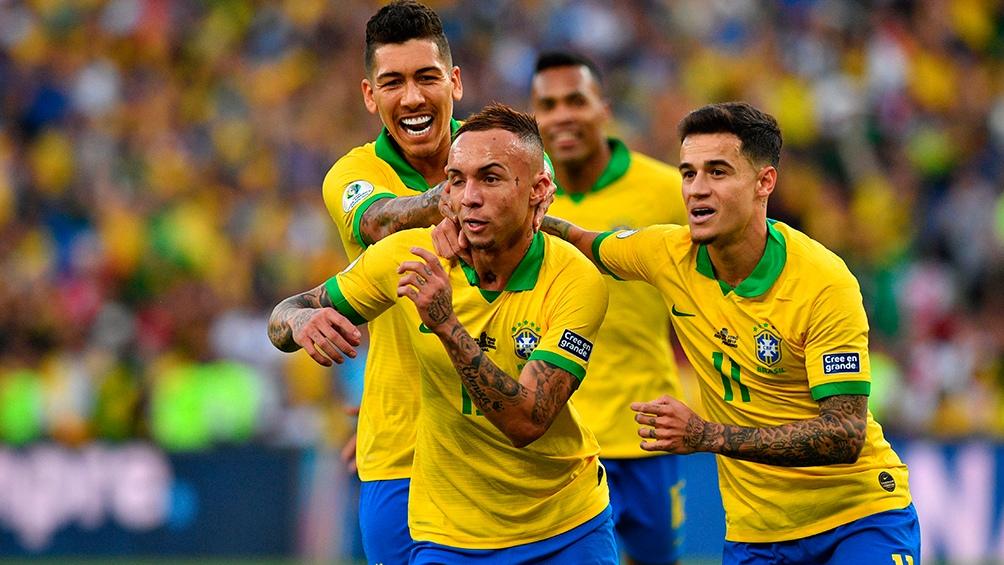 La celebración de Brasil al vencer en la final a Perú