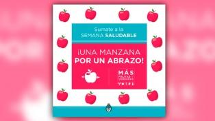 Proponen regalar una manzana por un abrazo, en la semana de la dulzura saludable