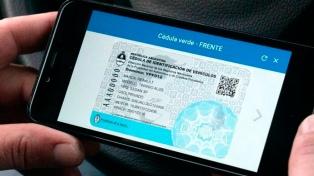 Ya se puede circular en auto con las cédulas verde y azul en formato digital