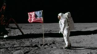 Con emojis, videos y planes para volver, la NASA evoca la misión Apolo 11
