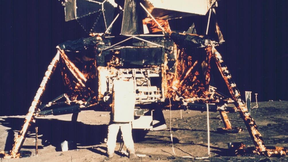 20/7/1969. Edwin Aldrin junto a la nave. Fue el segundo hombre en posar sus pies en la luna.