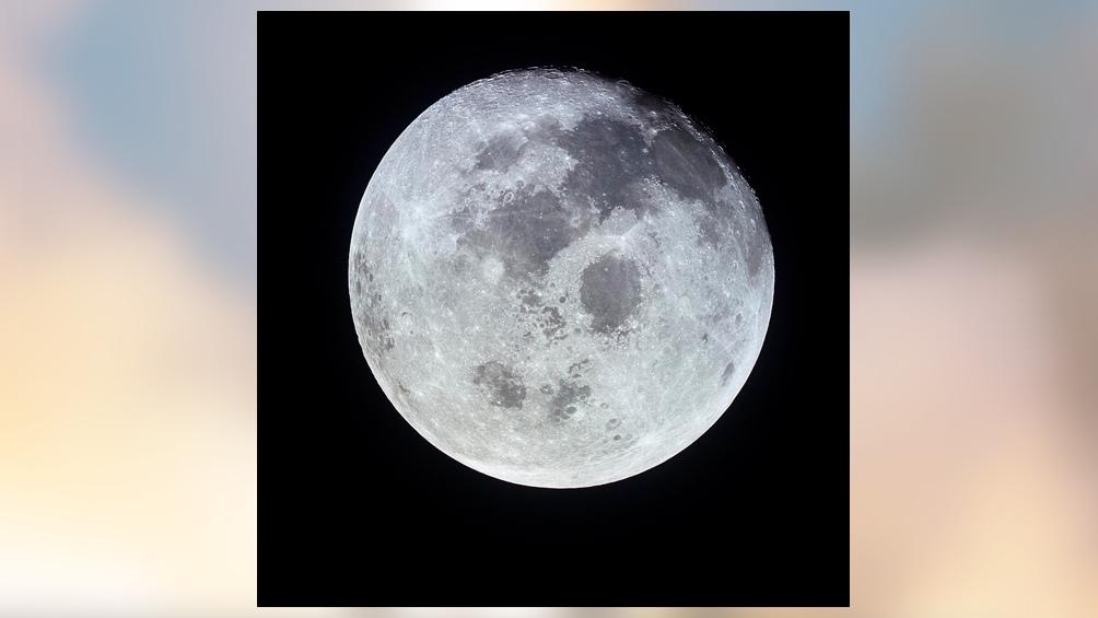 21/7/1969. Horas después de emprender el regreso, así veían la luna llena los tres astronautas.