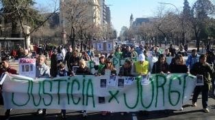 """Marcharon para pedir """"justicia y perpetua"""" para el asesino del taxista"""