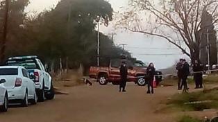 Asesinan a puñaladas a una mujer y su hija y detienen al novio de la chica