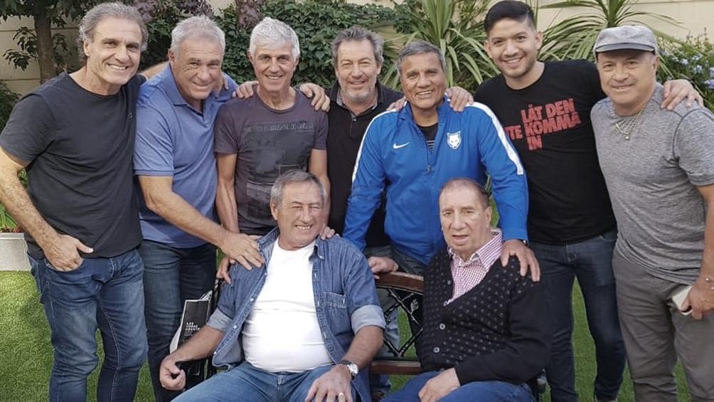 La última aparición pública de BIlardo junto a varios de los campeones de 1986