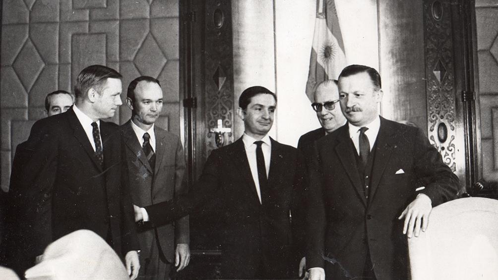Para Armstrong era su segunda visita al país. En 1966 había estado en Buenos Aires en un coloquio de la CONAE.