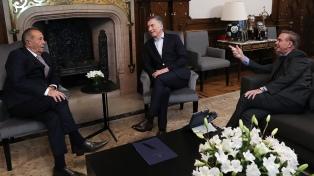 Critican reunión de Rodríguez Saá con Macri-Pichetto y ratifican apoyo a Fernández