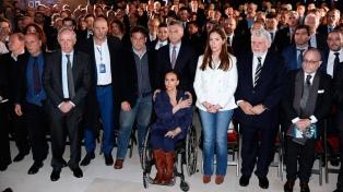 """Macri: """"Seguiremos buscando que sean juzgados en Argentina"""" los acusados por AMIA"""