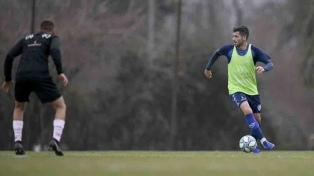 Gago volvió a jugar tras su lesión en la última final de la Libertadores