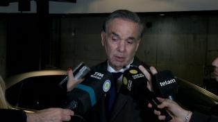Lacunza se reunió con Pichetto y legisladores oficialistas