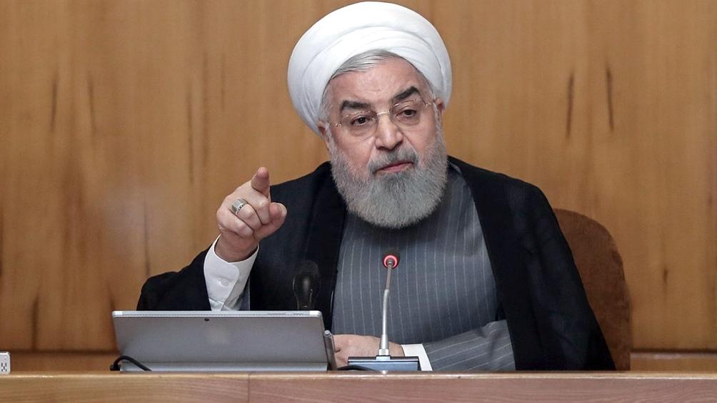 IRÁN: Rohani ordena aumentar la supervisión de las Fuerzas Armadas