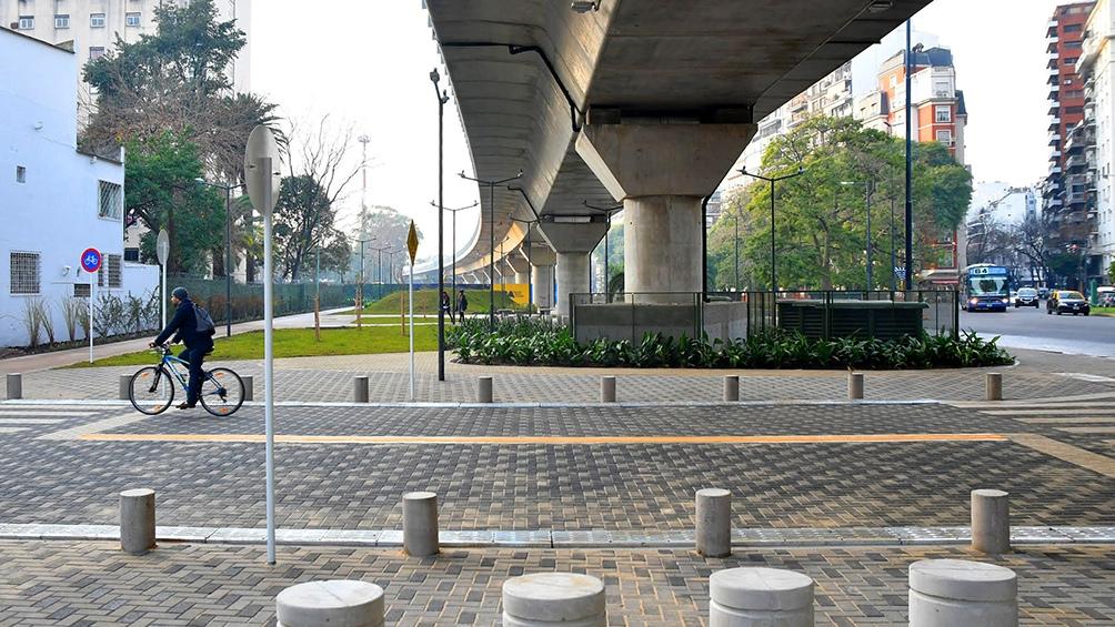 El viaducto Mitre tiene una extensión de casi 4 kilómetros