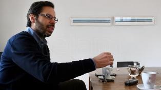 """Axel Rivas: """"Por primera vez en cinco siglo estamos discutiendo la esencia de la educación"""""""