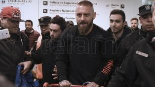Daniele De Rossi llegó a la Argentina para sumarse a Boca