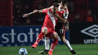 River rescató el empate sobre el final con Argentinos
