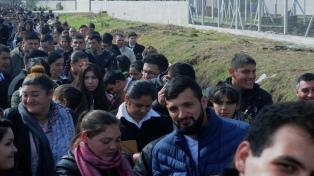 Más de 1.200 jóvenes se inscribieron para trabajar como guardiacárceles para el penal de Olmos