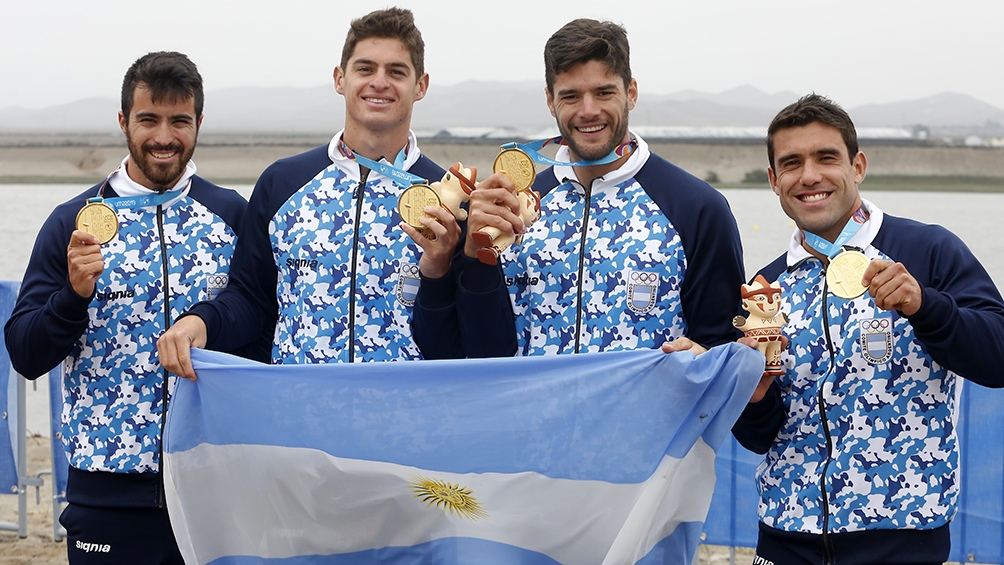 Ezequiel Di Giácomo, Manuel Lascano, Gonzalo Carreras y Juan Cáceres, nuestros orgullosos remeros.