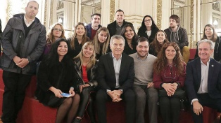 Macri recibió a jóvenes académicos e investigadores del sector público