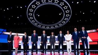 Todos contra el favorito Joe Biden en el debate de precandidatos demócratas