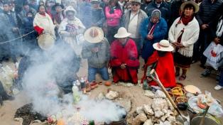 En la puna, San Antonio de los Cobres se llenó de turistas por la fiesta de la Pachamama