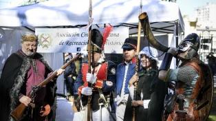 Samurais, legionarios romanos y vikingos celebraron el Día del Recreador Histórico