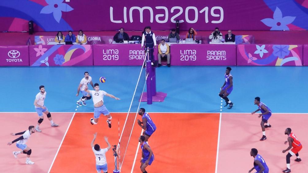 El seleccionado argentino de voley derrotó en la final al de Cuba por 3 a 0 (25-20; 25-17 y 25-20).