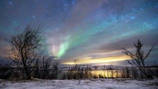 Tres viajes en tren que cruzan Rusia hacia el colorido espectáculo de la aurora polar