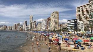 """Una """"manada"""" de jóvenes franceses de vacaciones violó a otra turista en España"""