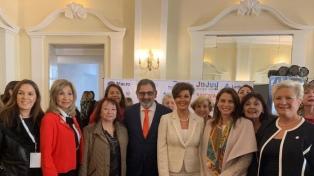 Mujeres empresarias apuestan al cambio de la matriz laboral y la inclusión financiera y tecnológica