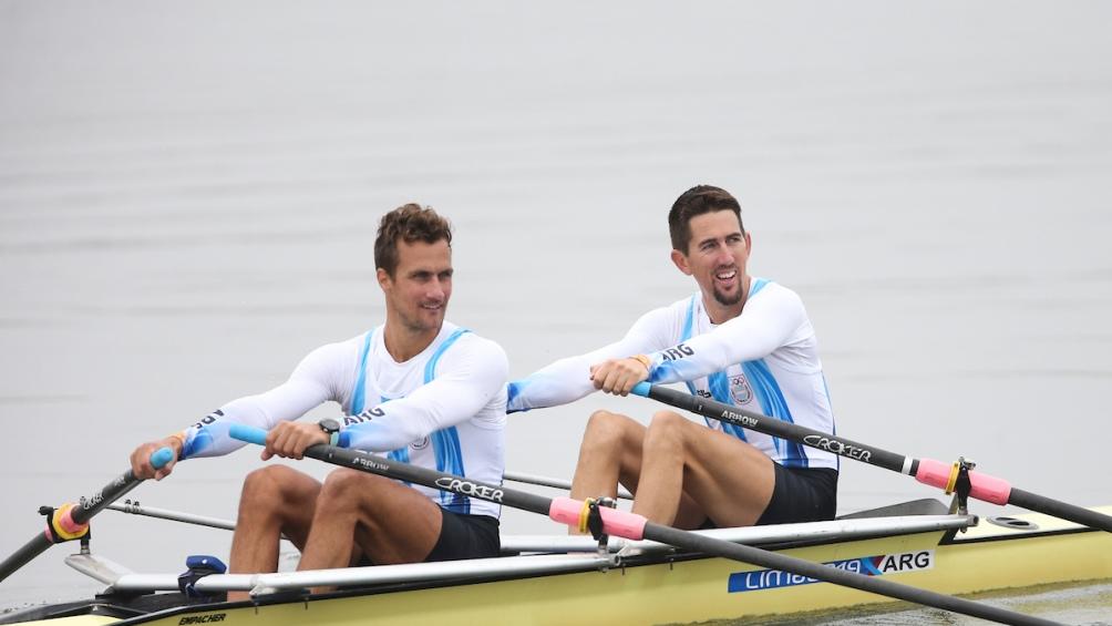 Cristian  Rosso y Rodrigo  Murillo, oro en doble par de remos cortos