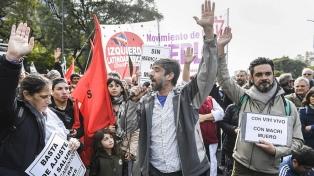 Organizaciones se movilizaron por faltante de medicamentos de VIH, pero desde Salud lo niegan