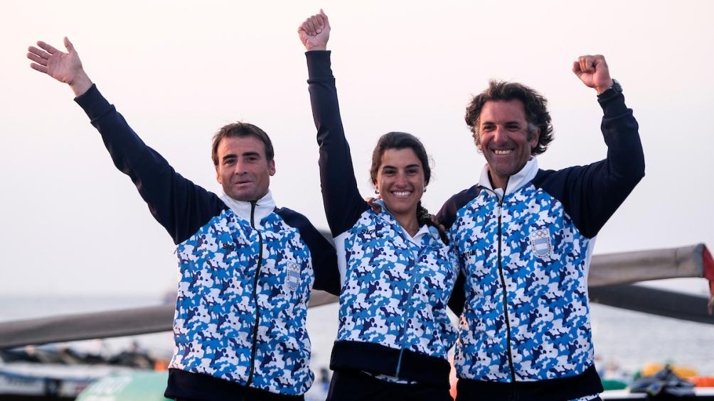 El porteño Javier Conte y los bonaerenses Ignacio Giammona y Paula Salerno obtuvo el oro en la clase lightning de vela
