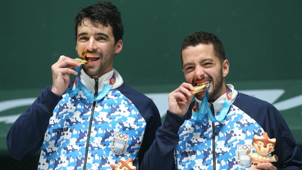 Los hermanos Sebastián y Santiago Andreasen vencieron en dobles trinquete masculino pelota de goma.