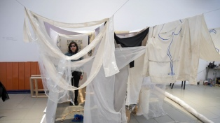 Los artistas seleccionados de la Bienal de Arte Joven abren las puertas de su taller