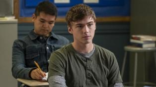 """Se estrena la tercera temporada de """"Por 13 razones"""", una serie sobre el suicidio"""