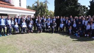 Macri recibió en Olivos a atletas con discapacidad que participan en los Juegos Parapanamericanos