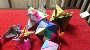 En la UTN enseñan programación con las técnicas del origami