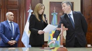 Damián Bonari asumió como nuevo ministro de Economía bonaerense