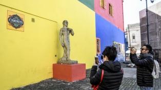 Reinauguraron el último tramo de Caminito con los colores originales imaginados por Quinquela Martín