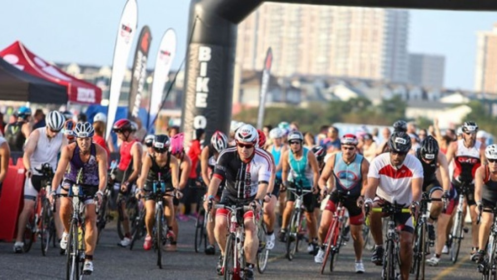 180 Kilómetros de ciclismo.