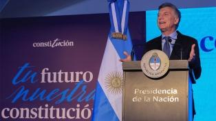 """Macri: """"No hay mejor manera de defender la Constitución que acatarla, no atacarla"""""""