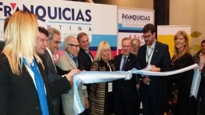 Las franquicias representan 210.000 empleos formales en la Argentina