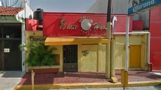 Al menos 25 muertos al incendiarse un bar tras un presunto ataque con bombas molotov