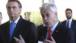 Bolsonaro anuncia cumbre de países amazónicos sin Venezuela y minimizó las ofertas de ayuda internacional