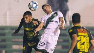 Defensa y Banfield empataron sin goles en Varela