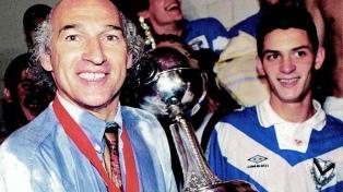 Hace 25 años, Vélez llegaba a lo más alto de América